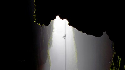 Lost World 4 Hr Option - 100m Abseil & Cave Exploration