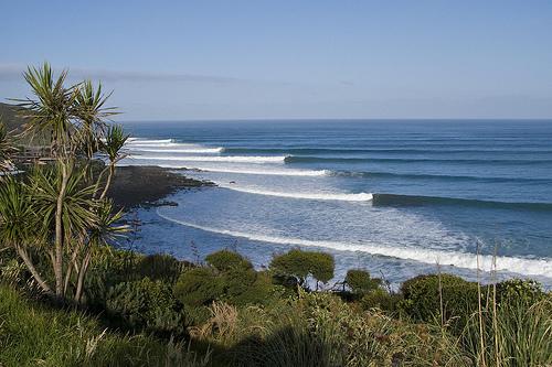 ニュージーランド ラグラン サーフィンの名所