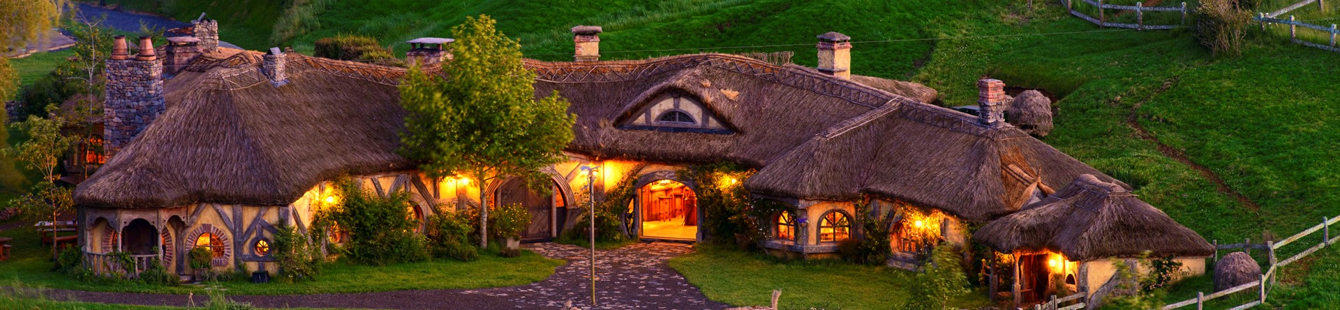 The Green Dragon Inn, Hobbiton Movie Set, Matamata, New Zealand