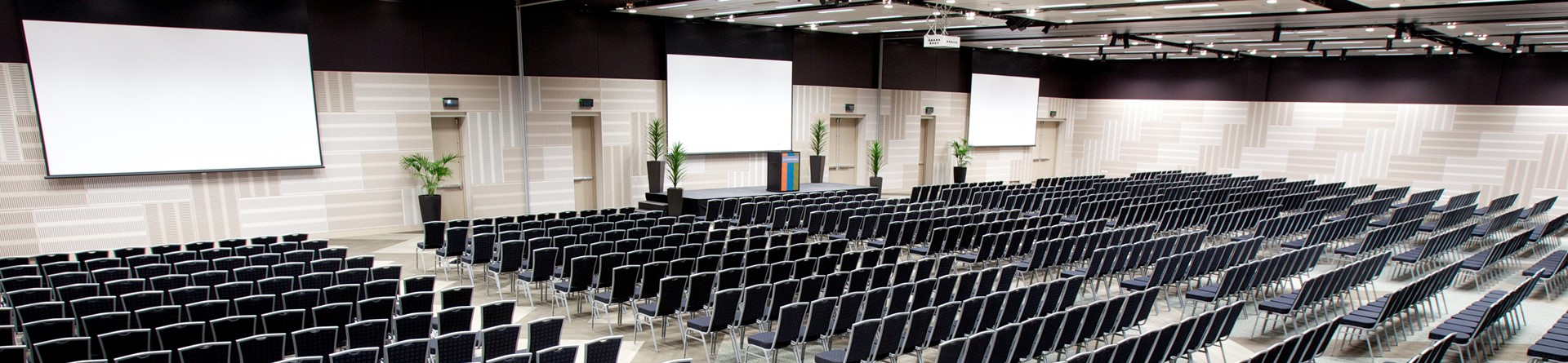 Claudelands Conference & Exhibition Centre, Heaphy Room, Hamilton, NZ.jpg