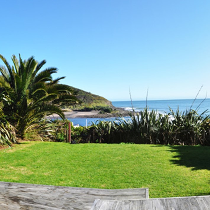 Sleeping Lady Lodges, Raglan, NZ.jpg