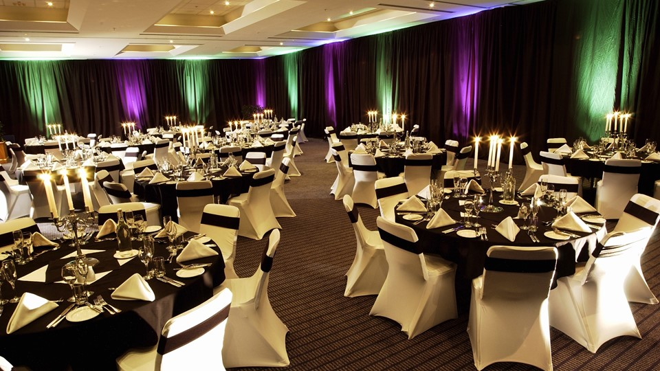 Novotel Union Room Banquet Style full - Copy.jpg