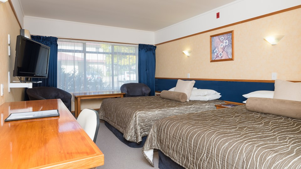 Distinction Hamilton Hotel Spring Family Deal