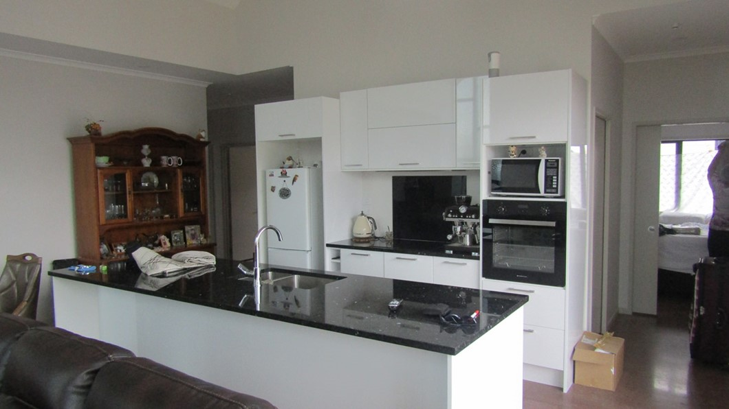 Full shared kitchen facilities for guests