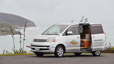 Compact, reliable, lightweight and affordable. Our Toyota Sleepervans guarantee excellent fuel economy and a simple car driving experience through all those windy and narrow New Zealand roads.