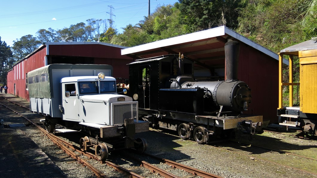 Bush Jigger #1 and Cb 117 at Pukemiro Junction